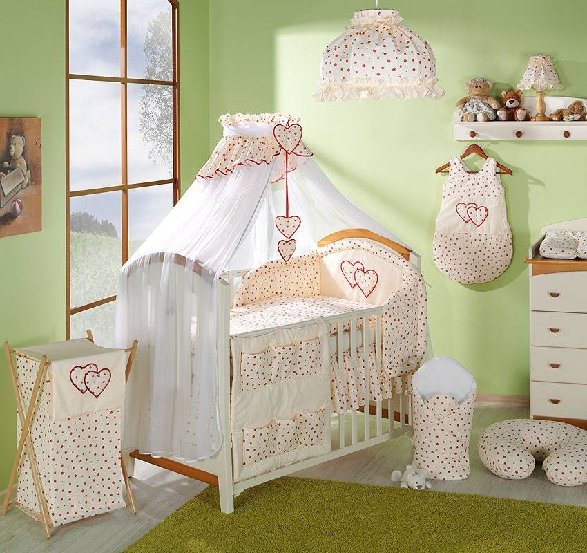 15 tlg herzen babybett set mit bettw sche moskitonetz nestchen f r bett 60x120 ebay. Black Bedroom Furniture Sets. Home Design Ideas